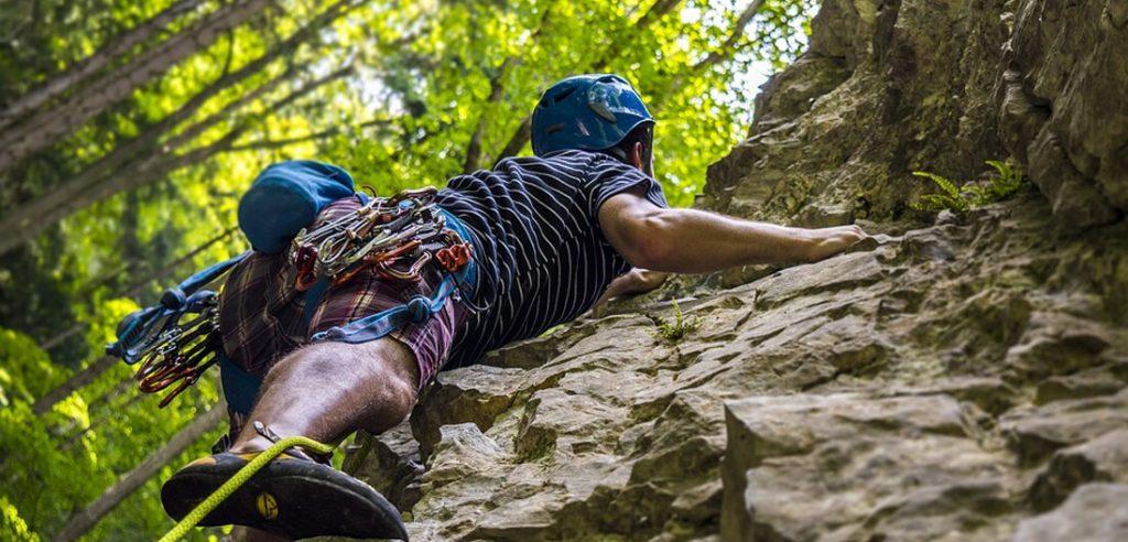 Udvalgte billede 5 fede udendørs hobbies til at klare tankerne Bjergbestigning 1024x492 - 5 fede udendørs hobbies til at klare tankerne