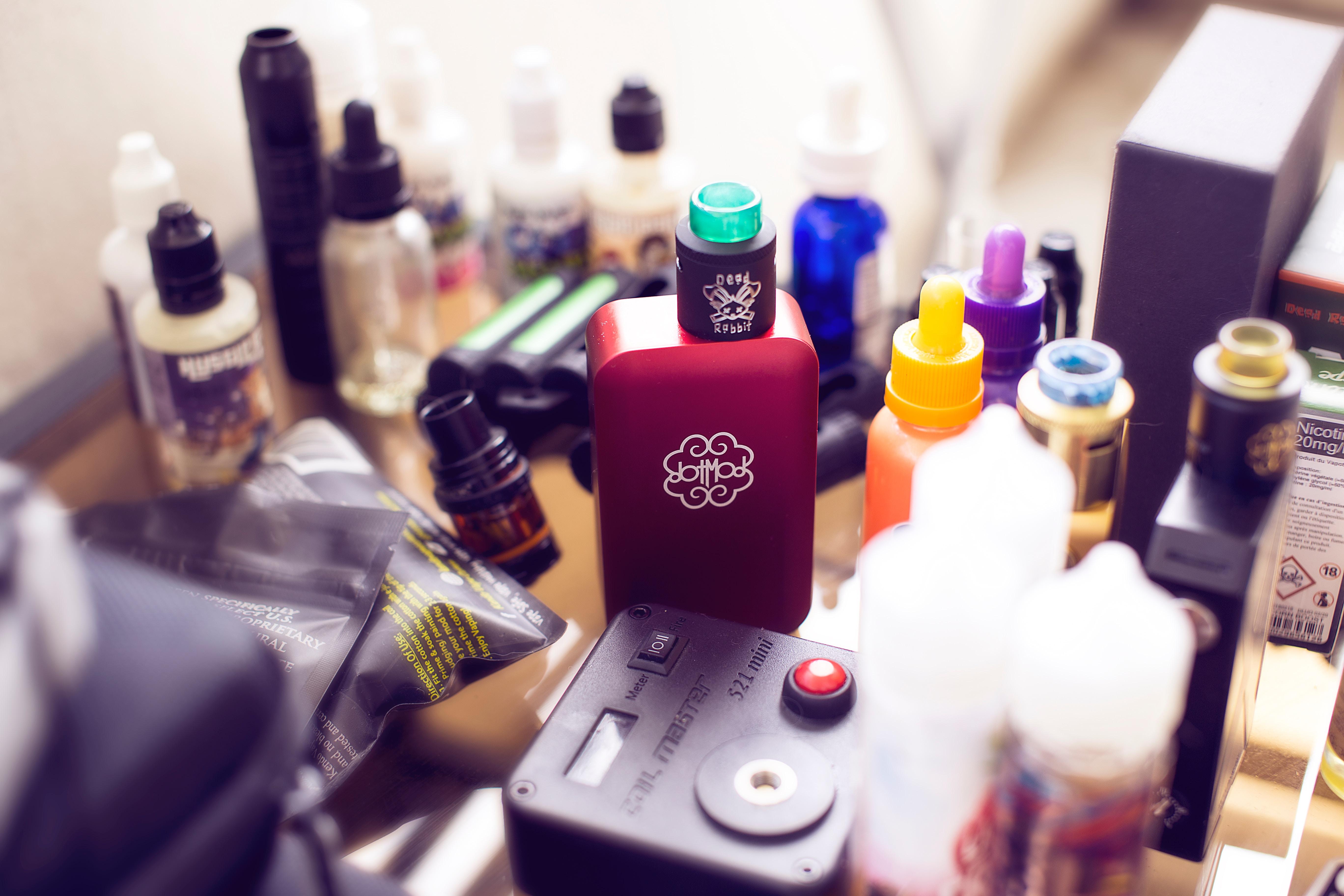 antonin fels OdqmOsUgNwk unsplash - Sådan vælger du en e-cigaret