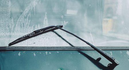 Derfor er det vigtigt at tjekke dine vinduesviskere