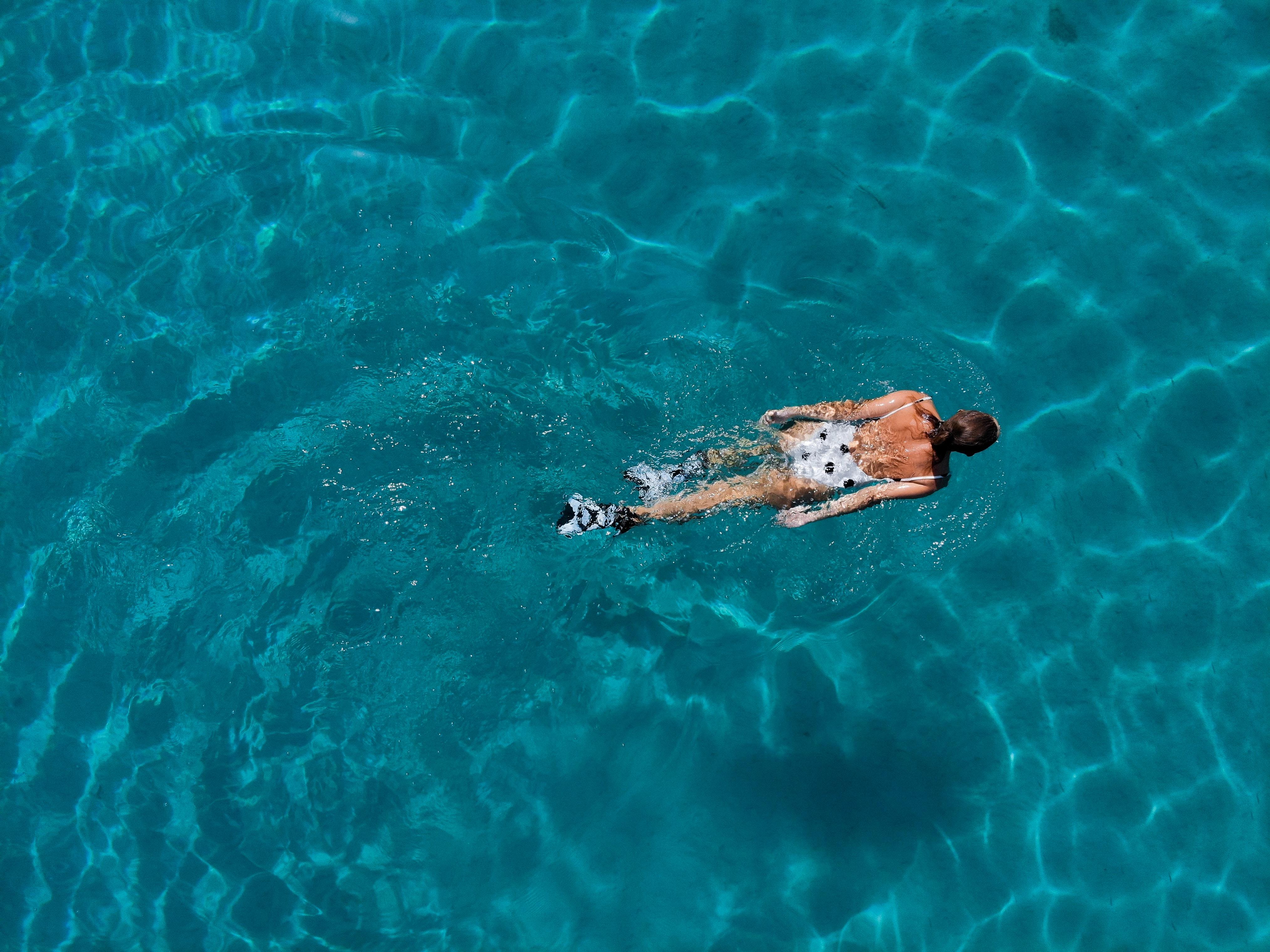 filip filkovic philatz YivSbcIL fk unsplash - Find det rigtige svømmeudstyr