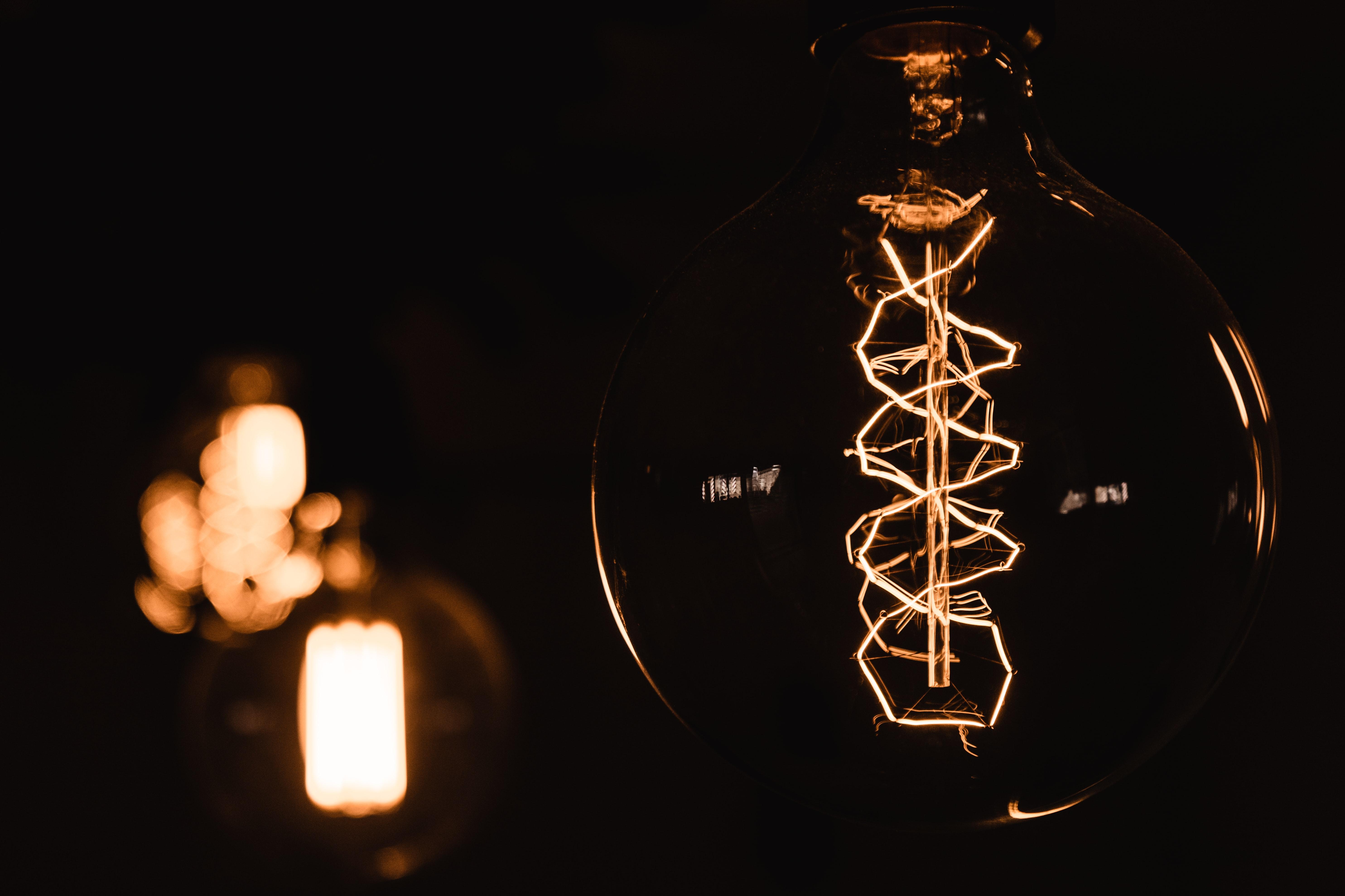 martin adams sq1dNSxyGdU unsplash - Finde den helt rigtige LED pære