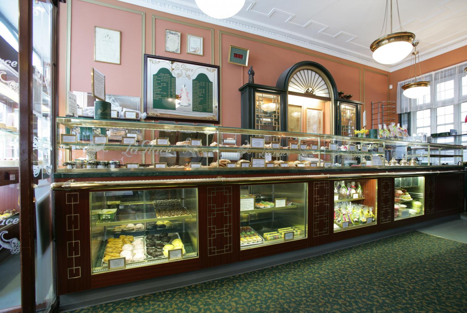 691 - Mangler du inventar til en bagerbutik?