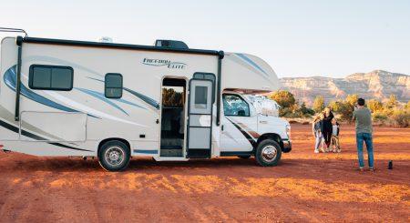 Skal jeg købe en ny eller en brugt campingvogn?