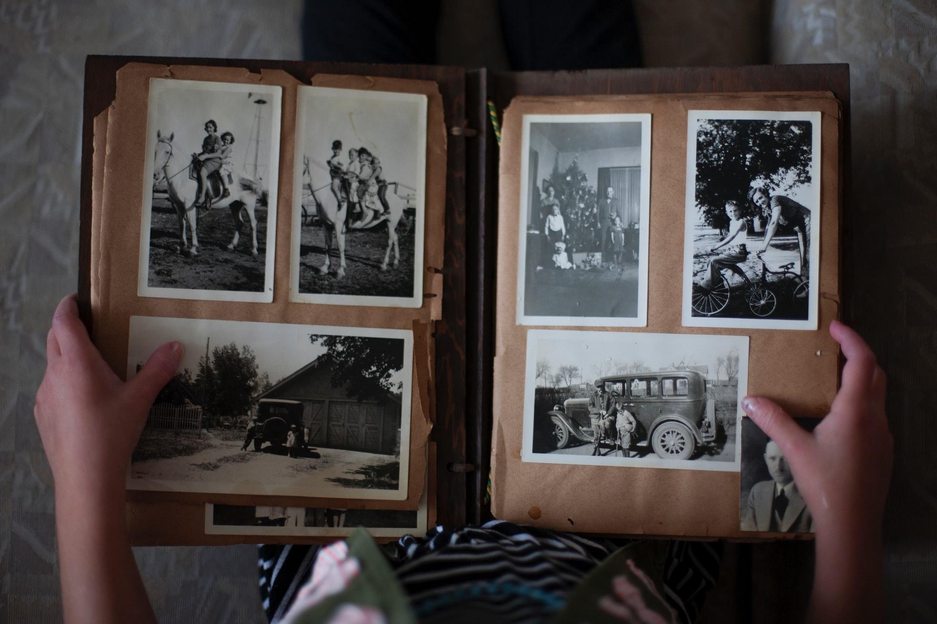 laura fuhrman 73OJLcahQHg unsplash - Fotobøger på en helt ny måde